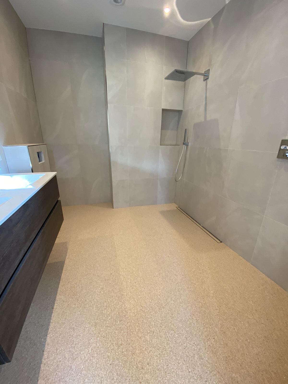 marmerstone badkamer